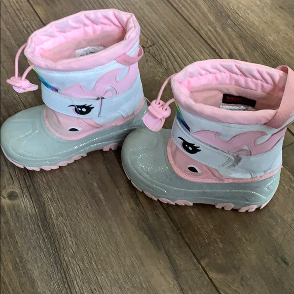 Cat & Jack Other - Girls size 10 unicorn snow boots